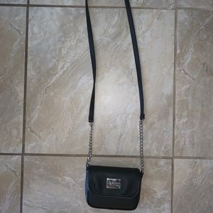 Kenneth Cole Reaction small crossover